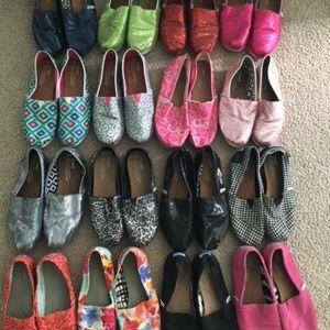 Toms Bundle of 16 pairs- canvas, sparkle, sequin